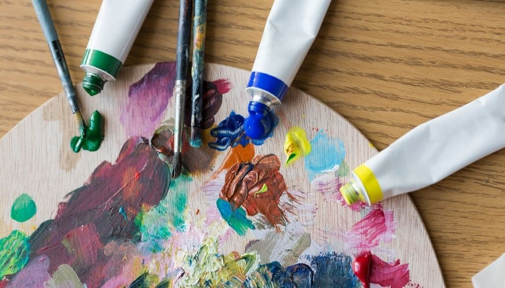 How to choose acrylic Paint